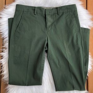 [Vince] Green Cropped Straight Leg Pants - Size 6
